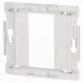 Eaton XComfort Adapterplaat voor C100 mm systeem pulsdrukker
